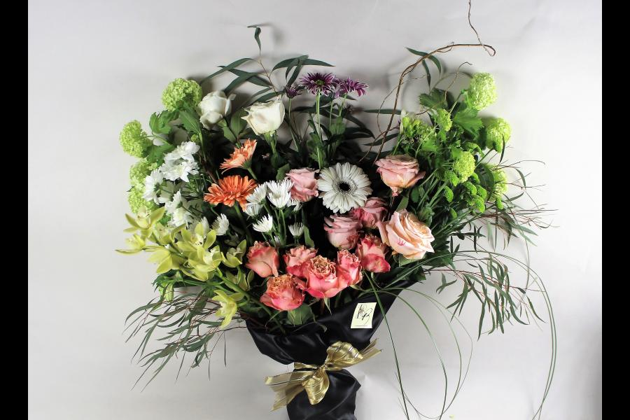 Flower Delivery In Vancouver And Victoria B C Bespoke Blossoms